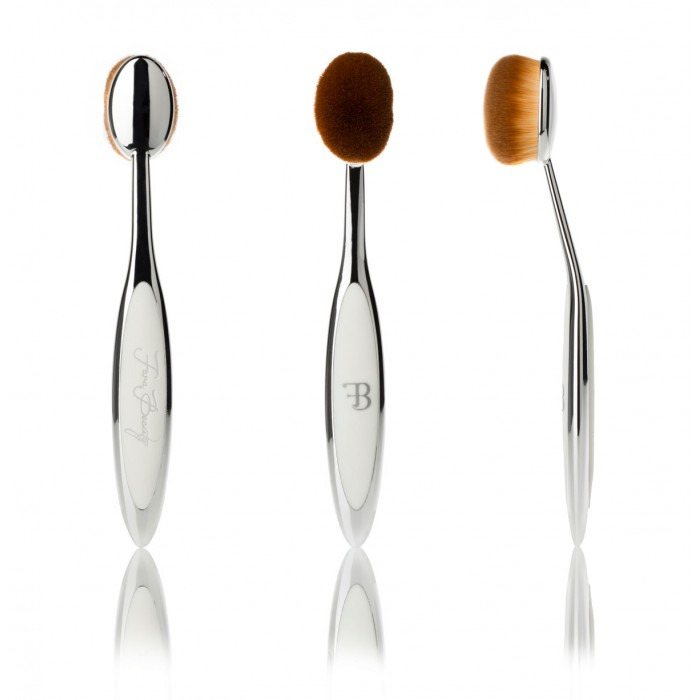 Silver Oval Makeup Brush 3
